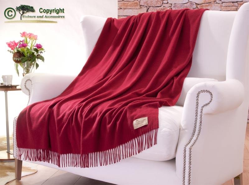 Wolldecke aus 50% Kaschmir und 50% Merinowolle in rot 130x220cm